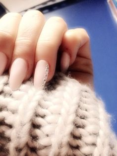 Pink nails. Almond. Oval. Natural. Soft. Classy. Fine. Small diamonds. Strass.
