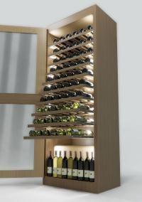 Cave à vin  Par Sand & Birch  Tout le monde n'a pas l'occasion d'avoir une cave à vin à l'ancienne. Alors Sand & Birch Design Studio et Ellemme Cantine se sont associés pour créer une cave tout à fait moderne et innovante. Cette dernière s'installera dans votre salon. Fabriquée en érable, chêne et acier inoxydable, sa consommation d'énergie sera minimisée. Au total, 80 bouteilles pourront y vieillir ensemble, dans des conditions idéales.