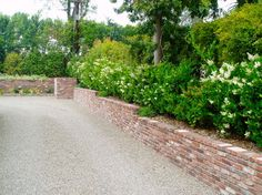 brick walls landscaping ideas pictures | Brick Retaining Wall Design Ideas, Pictures, Remodel and Decor