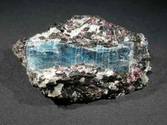 Kyanite-Garnet-Schist, Kola Peninsula, Russia