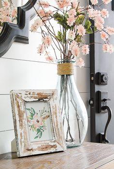 DIY Home Decor Inspiration : Illustration Description Four FREE Poppy printables perfect for spring!littlehouseof… -Read More – Spring Home Decor, Diy Home Decor, Decorating For Spring, Decor Crafts, Spring Decorations, Table Decorations, Rustic Decor, Farmhouse Decor, Farmhouse Style