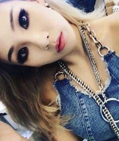 Kpop Girl Groups, Korean Girl Groups, Kpop Girls, Cl Rapper, Cl Instagram, Chaelin Lee, Lee Chaerin, Cl Fashion, Cl 2ne1