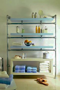 Selber Machen created this floating bathroom shelf made from Kee Klamp and Ikea LACK components. Step by step instructions on building this bathroom shelf unit.