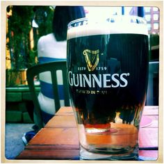 Crown Float - Strongbow cider topped with Guinness