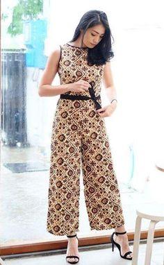 Kulot Batik, Mode Batik, Batik Kebaya, Blouse Batik, Model Dress Batik, Modern Batik Dress, Batik Fashion, Jumpsuit Dress, Blouse Designs