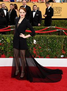 SAG Awards 2015:  Emma Stone de Christian Dior Couture, sandálias Christian Louboutin e joias Repossi
