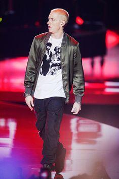 Eminem - MTV Movie Awards Show