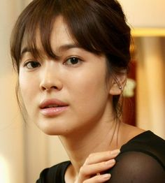 Classic song-hye-kyo look