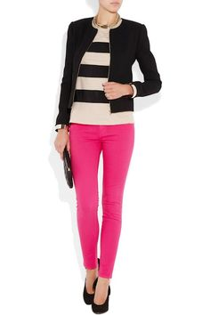 Trying to find what goes well with my Pink Jeans exactly like these ones.