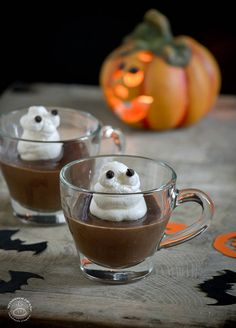 Ghost in a pot - Halloween dessert idea - Pot de crème al cioccolato | NONDISOLOPANE