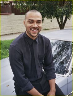 Jesse Williams Gets Real About Diversity in the Film Industry: Photo Jesse Williams looks smoking hot in this new feature for Hunger magazine, on newsstands March The Grey's Anatomy star talked to the glossy about… Jesse Williams, Grey's Anatomy, Hunger Magazine, Jackson Avery, Good Looking Actors, Greys Anatomy Cast, Detroit Become Human, Famous Men, Celebs