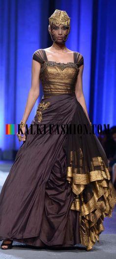 http://www.kalkifashion.com/designers/shantanu-nikhil.html Models showcasing Shantanu and Nikhil collection at Indian Bridal Week Nov 2013 at Mumbai