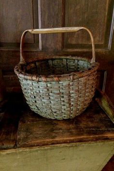 Primitive country basket