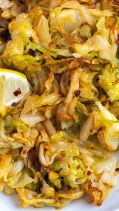 Mexican Rice Discover Lemon Garlic Sauteed Cabbage One of my favorite cabbage recipes! See how to make delicious sautéed cabbage with fresh lemon and garlic. Simple quick and delicious! Side Dish Recipes, Veggie Recipes, Diet Recipes, Vegetarian Recipes, Cooking Recipes, Healthy Recipes, Simple Vegetable Recipes, Pasta Recipies, Chorizo Recipes