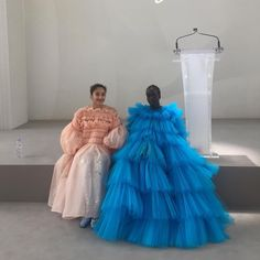 clothes i love Love Fashion, Runway Fashion, High Fashion, Fashion Show, Fashion Outfits, Fashion Design, Fashion Trends, Tulle Dress, Dress Up