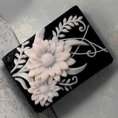 Black and White Daisy Soap: So beautiful. I would put this in a memory frame and hang it in the bathroom.