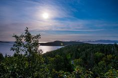 This picture of the #view at #Valhalla Bed & Breakfast in #Newfoundland and #Labrador is as close to perfect as you can get with a camera. Don't you think? Travel to Newfoundland with opXpeditions Torngat: http://www.opxpeditions.com/torngat