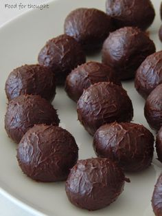 Food for thought: Τρουφάκια σοκολάτα - πορτοκάλι Fudge Brownies, Time To Eat, Cake Cookies, Truffles, Sweet Recipes, Food To Make, Sweet Treats, Food And Drink, Cooking Recipes