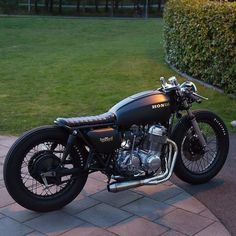 🔝Beautiful custom Honda CB750🔝 ⠀ ⠀ ➖➖➖⠀ ⠀ ⠀ ⠀ ⠀ ⠀ ⠀  Would you ride this? Rate 1 to 10! ⠀ ⠀ ⠀ ⠀ ⠀ ⠀ ⠀ ⠀ ⠀ ⠀ ⠀ ➖➖➖ ⠀ ⠀ ⠀ ⠀ ⠀ ⠀ ⠀ ⠀ ⠀ ⠀ ⠀ ⠀ ⠀ ⠀ ⠀ ⠀ ⠀ ⠀ ⠀ ⠀ ⠀ ⠀    Follow Us 👉 @caferacernews 💨  ================================  Want a shoutout? TAG ALL 📷  👉 #caferacernews  ================================  📷