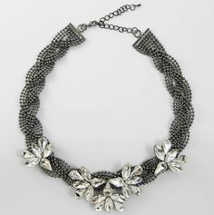 Collar Trenzas Plata 5,99 euros http://www.missbrumma.com/#!product/prd1/2737944181/collar-trenza-de-flores
