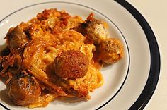 pre-cooked frozen Italian-style meatballs (about 32 meatballs) 1 (8 oz) box spaghetti noodles, uncooked and broken in pieces 3 cups Kraft Th...