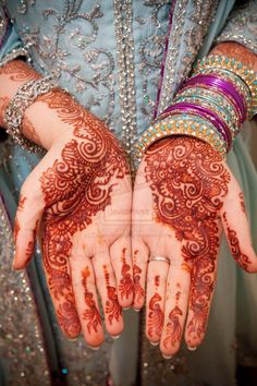 mehndi. i want this done.