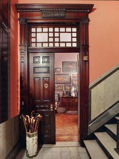 New York Upper West Side brownstone Victorian interior Victorian Interiors, Victorian Decor, Vintage Interiors, Victorian Homes, Vintage Decor, Gothic Interior, Mansion Interior, French Interior, Classic Interior