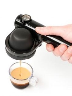High Tech Camping Gears and Gadgets - Hongkiat - 20 High Tech Outdoor Camping Gear & Gadgets. Have espresso coffee every morning while camping. Machine A Cafe Expresso, Espresso Coffee Machine, Espresso Maker, Coffee Maker, Expresso Coffee, Cool Camping Gadgets, Camping Bedarf, Outdoor Camping, Family Camping
