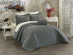 Cuvertura gri antracit- luxury -brodata Comforters, Blanket, Luxury, Furniture, Home Decor, Legs, Creature Comforts, Homemade Home Decor, Decoration Home