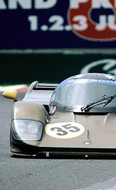 Porsche low