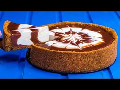 Din doar 4 ingrediente am facut acest cheesecake minunat, FARA COACERE! | SavurosTV - YouTube No Cook Desserts, Apple Desserts, Toffee Bars, Biscotti, Sin Gluten, Food To Make, Panna Cotta, Cake Recipes, Deserts