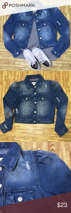 ❄️DISTRESSED DENIM JACKET A semi-cropped denim jacket featuring distressing, a basic collar, button-front, chest button flap pockets, long sleeves with button cuffs and a frayed hem. rush Jackets & Coats