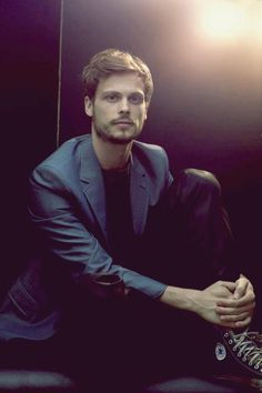 Matthew Gray Gubler could be perfect as Evan Gilroy, King Corrin's brother in my trilogy. :-)