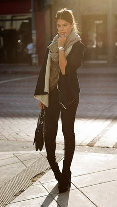 grey loose tshirt, black skinny pants or leggings, black sherpa fur lined long sleeve cardigan, light grey infinity scarf, and black suede ankle wedge booties.