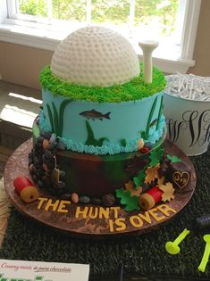 golf, fishing hunting grooms cake | Grooms cake at Karlan Mansion I made. Hunting, fishing and golf...all ...