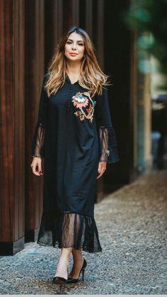 Abaya Fashion, Ethnic Fashion, Comfortable Fashion, Comfortable Outfits, Morrocan Dress, Chic Outfits, Fashion Outfits, Traditional Fashion, Mode Hijab