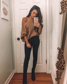 Night Out Outfit Winter Going Out . Night Out Outfit - Outfit Ideen Night Out Outfit Classy, Girls Night Out Outfits, Classy Going Out Outfits, Casual Date Night Outfit, Going Out Outfits For Bars, Woman Outfits, Casual Bar Outfits, Trendy Outfits, Cute Outfits