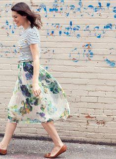 女子気分いっぱいの花柄スカートは春のマストアイテム。でも、一歩間違えるとブリッ子な印象になってしまう危険も。ベタベタ甘いブリッ子コーデは女子からも男子からも評判が良くありません。女らしさを大事にしつつ、こなれ感ある花柄スカートコーデをチェックしましょう。