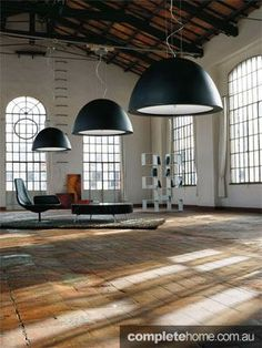interior design: modern warehouse- love this! Open space would be great for a studio too Warehouse Apartment, Warehouse Living, Warehouse Home, Industrial Living, Industrial Interiors, Industrial Bathroom, Industrial Style, Fritz Cola, Lofts