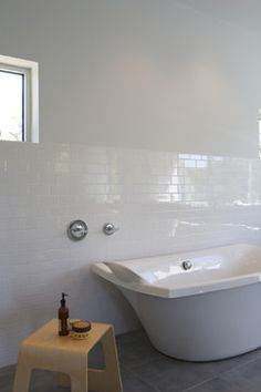 White Subway Tile Kitchen Window Design Ideas, Pictures, Remodel, and Decor - page 2 White Subway Tile Bathroom, Subway Tile Showers, White Wall Tiles, Modern Bathroom Tile, Subway Tile Kitchen, Bathroom Tile Designs, Bathroom Floor Tiles, Bathroom Ideas, Modern Bathrooms