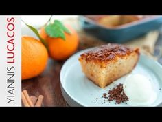 Όσο ο καιρός ανοίγει και η θερμοκρασία ανεβαίνει, θέλουμε να απολαμβάνουμε πιο δροσερά και ελαφριά γλυκά. | TASTE | BOVARY | ΠΟΡΤΟΚΑΛΟΠΙΤΑ, Συνταγή, ΓΛΥΚΟ, Γιάννης Λουκάκος Non Chocolate Desserts, Kinds Of Desserts, Greek Recipes, Custard, Baked Potato, French Toast, Cheesecake, Fruit, Breakfast