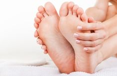 How to Naturally Treat Foot Odor