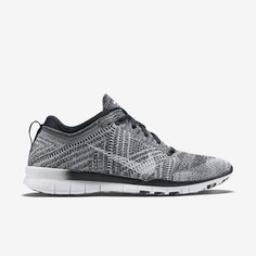 reputable site be499 a655f Nike Free TR 5 Flyknit Women s Training Shoe