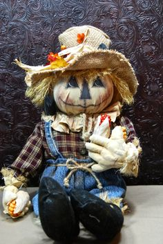 Primitive Scarecrow for Fall Decorations by MyDaileyCreations