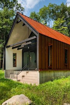44 Must See Shipping Container Homes - House Topics Cargo Home, Workshop Shed, Container House Design, Container Houses, Home Office Space, Office Spaces, Shipping Container Homes, Shipping Containers, Garage House