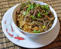 Asiatischer Nudeltopf mit Hackfleisch und Sprossen - Katha-kocht!