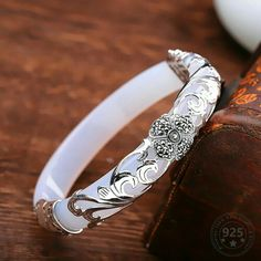Cute Jewelry, Jewelry Rings, Jewelry Accessories, Jewelry Design, Designer Jewelry, Jewelry Ideas, Jewelry Art, Silver Bangles, Silver Jewelry