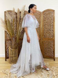 boho wedding dress, wedding dress, sequin wedding dress, caftan wedding dress, sequin dress, styl... Fringe Wedding Dress, Slip Wedding Dress, Sequin Wedding, Wedding Dresses, Kimono Dress, Tulle Dress, Sequin Dress, Dream Dress, Sequins