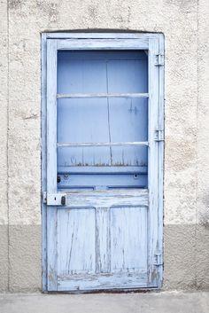 baby blue ....so welcoming. ~SB
