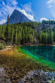 Grassi Lakes, Alberta, Canada